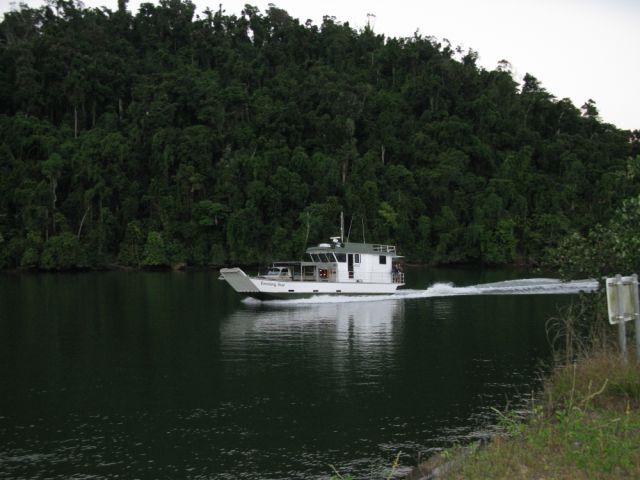 loaded barge 006